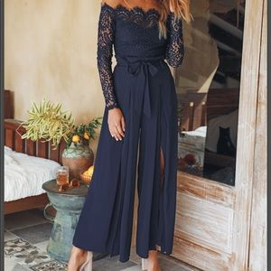 Other - NEW Navy lace off the shoulder jumper size Small